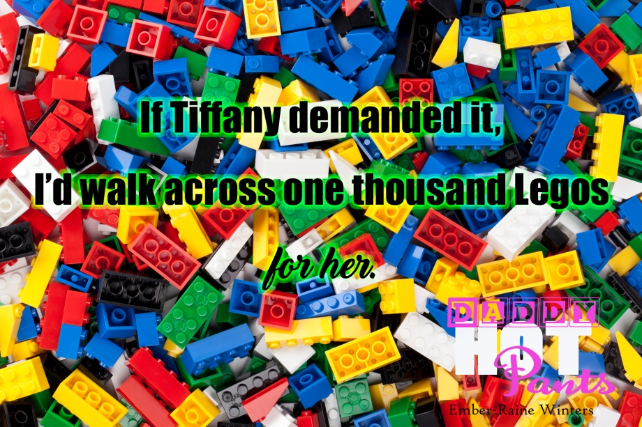 assorted plastic toy bricks